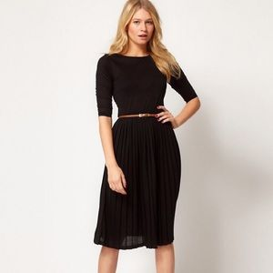 ASOS Midi Dress With Pleated Skirt - Black